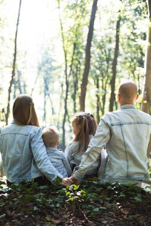 Family Photoshoot Ideas To Try Out This Weekend!